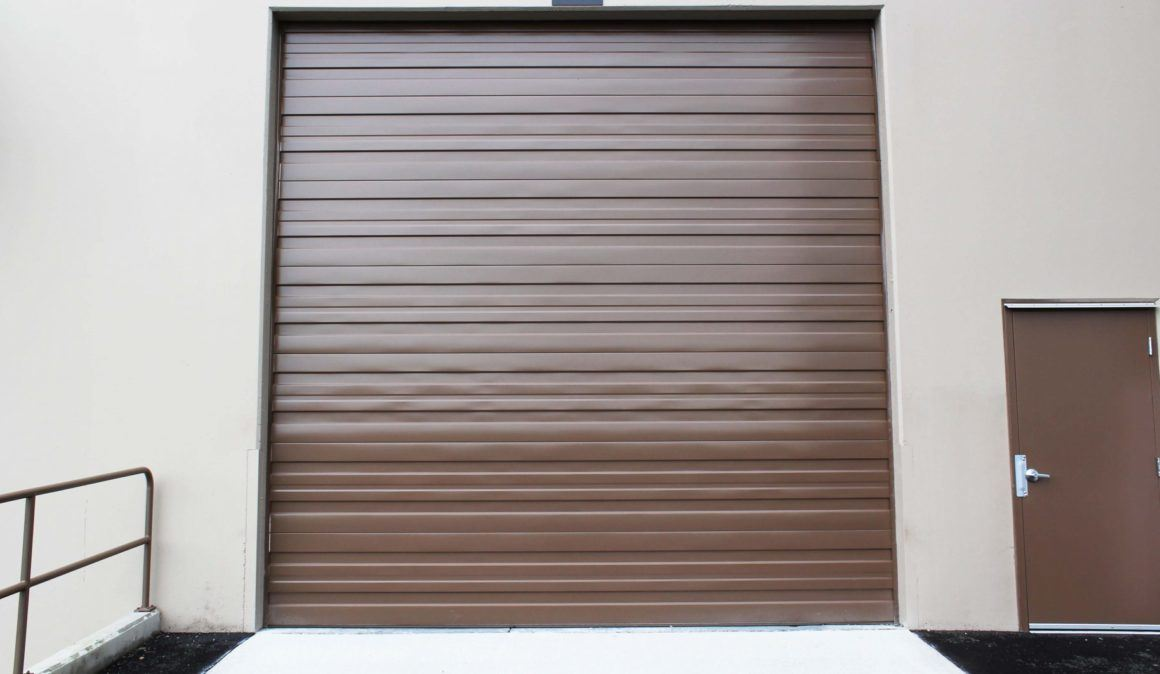 900 Series overhead doors
