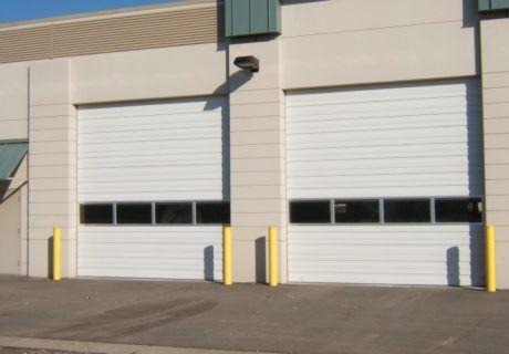 900 Series overhead doors