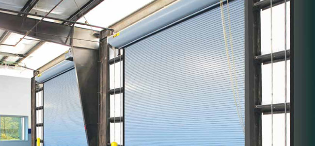 Thermotite™ Model 800C overhead doors