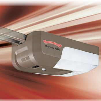 Odyssey® 1200 Screw garage doors